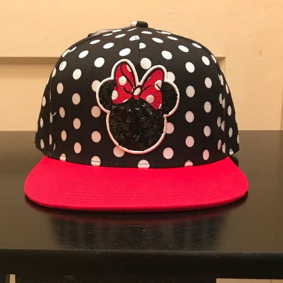 a7c021eb2ba Disney Minnie Mouse SnapBack